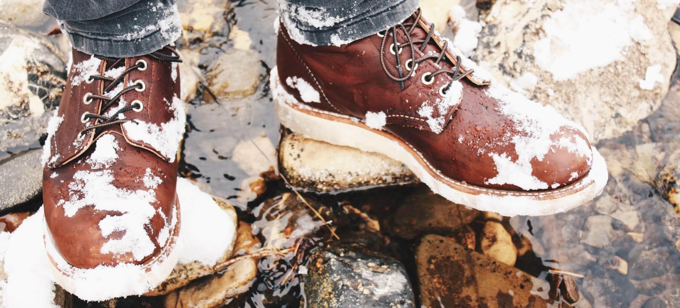 Уход за обувью из нубука зимой в домашних условиях